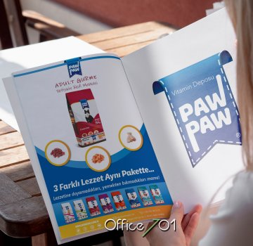 Office701 | Pawpaw Pet Food | Magazine Design